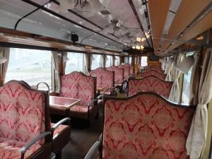 レトロ列車(車内)